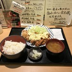 90256757 - H30.8 唐揚げ定食(タルタルソース)