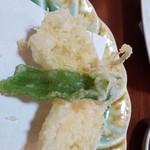海鮮問屋 太へい洋 - キスの天ぷら