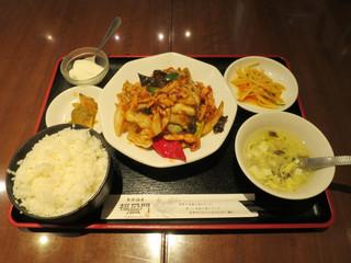 福盈門 新橋店 - キャベツと豚肉辛味味噌炒め定食