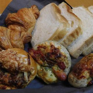 NOBU Cafe - 料理写真:買い求めた品々