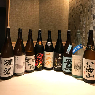 """季節に沿った豊富な地酒をこだわりの""""鰻""""と合わせる至福の時"""