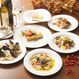 歓送迎会に最適な30種フリードリンクと共に味わう美味料理