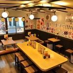 もつ焼男体山 - 2階はお座敷とイスで36席あります。