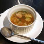 焼肉&グリル 貴坂 - スープ