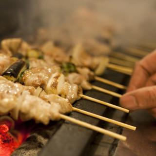 朝〆の新鮮な媛っ子地鶏の串焼きが旨いお店