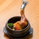 愛犬の駅 - 料理写真:静岡県産地養鶏の熱々石鍋スープカレー