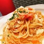 キッチンえっせんす - フレッシュトマトとモッツァレラのパスタ
