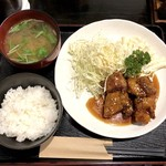 Mahoroba - 鶏のから揚げ甘酢あん(850円)