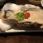 七伍屋 - 料理写真:岩牡蠣