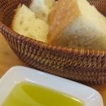 イタリア食堂 フクモト - フォッカッチャ