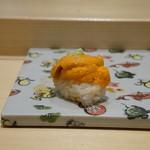 寿司割烹 魚紋 - 雲丹