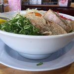 しずる - 塩まぜそば夏。しずる豊田福受店(愛知県豊田市)食彩品館.jp撮影