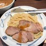 麺屋武蔵 - 濃厚つけ麺(並) 950円。