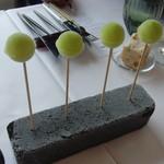 プレゼンテ スギ - 休日ランチ 林檎と山椒のアイスキャンディー