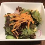 90292389 - パスタランチ(静岡県産桜海老と夏野菜のトマトソース) ¥1,080+¥320 のサラダ