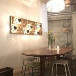 スケロク ダイナー - 2階テーブル席