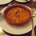 コリータ - 和牛トリッパとひよこ豆の煮込み チョリソ風味