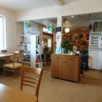 スープカレーハウスしっぽ - 内観写真:一番奥に凄い光景が(笑)
