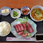 魚銀食堂 - 刺身定食