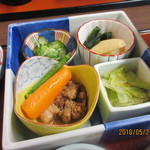 90311960 - ばあちゃんの煮物鉢