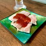 月琴の小さな餃子屋さん - *三枚肉の韓国酢みそかけ(¥400)