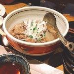 肉の炭火焼と土鍋ごはん だんらん居酒家HANA - スジ煮込み(^^)