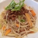 リンガーハット - まぜ辛麺