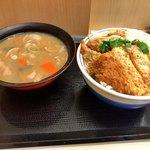 かつや - カツ丼松のご飯大盛りと豚汁大