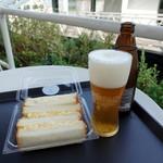 breadworks - ゴールデンエール600円、玉子サラダサンド400円