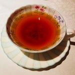 パナメ - ディンブラ。オールドノリタケのティーカップが本当に可愛い。