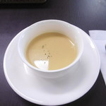 御影公会堂食堂 - 日替ランチのスープ