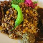 中華料理 八戒 - 四川麻婆豆腐カリィ、炒飯、マトンボール