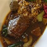 中華料理 八戒 - 巨大な牛バラ&マトンボール