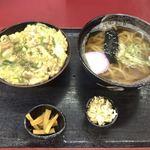 権八 - ●ミニ丼セット ・親子丼 ・かけうどん(温) ・香の物 ・天かす 900円税込
