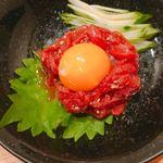 牛鉄 - 料理写真:さくらユッケ 745円