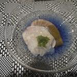 鉄板焼 石垣島きたうち牧場 - 蛤の冷前菜