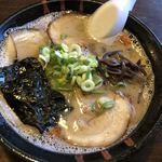天砲ラーメン - 料理写真:久留米屋台炙りチャーシューメン並720円