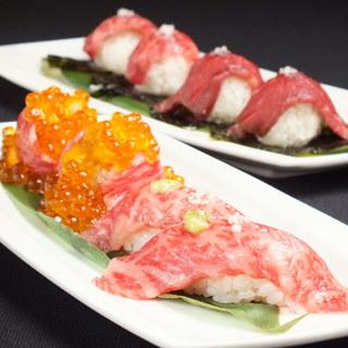大人気の「炙り肉寿司」