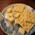 居酒屋まめぞ - 自家製みそクリームチーズ