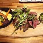 TRATTORIA ACCA - 和牛ロース肉の炭火焼 200g/2800円('18.8月初め)