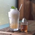 オレガレ - 料理写真:びわ酒のかき氷