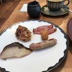 90352269 - お皿が和のテイスト。