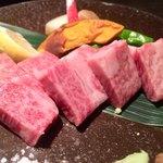 海老の髭 - 村上牛 サーロイン石焼 1,980円