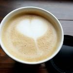 バイロンベイ コーヒー - カフェラテ