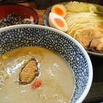 らーめん 鈴家 - 特製濃厚鶏魚介つけ麺