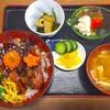 美富久 - 料理写真:ごぼとん丼850円+ご飯大盛り100円
