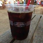 100時間カレーAMAZING - 【おまけフェス飯】ひたちなか市の「SAZA珈琲」さんも出店。将軍アイスコーヒー。