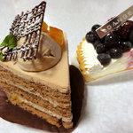 ダンジュ - ショコラオランジュ450円、ダブルベリーのタルト460円