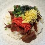ニホンバシ イチノイチノイチ - 鴨ロース炙り焼き丼