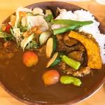 グリルキッチン - 料理写真:カレー(夏野菜)(800円)